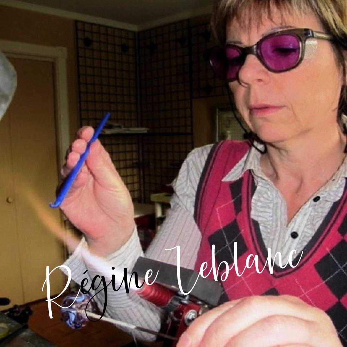 Régine Leblanc de Manu Factum